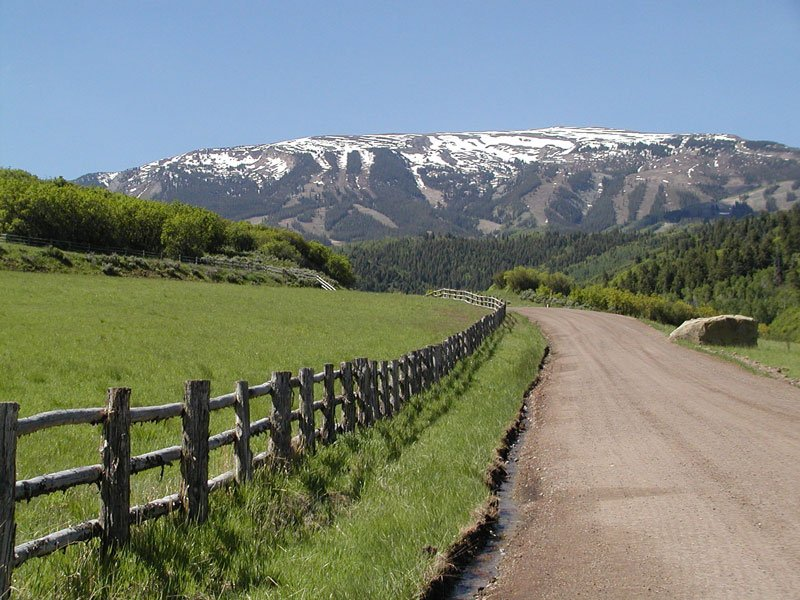 Dirt Road to the Mountains